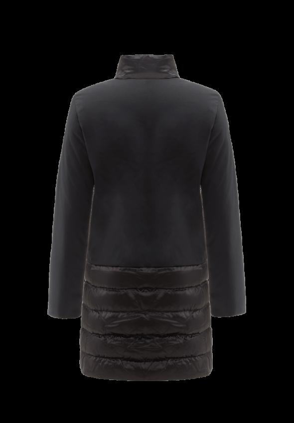 ciesse piumini modello Glory nero con colletto